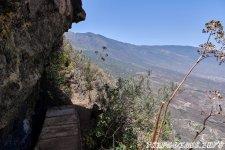 Скалы и обрыв - 1000 Окон Гуимара на Тенерифе