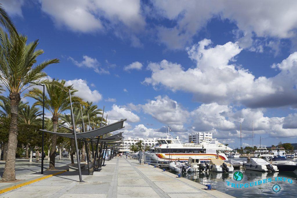 Морской порт в Сан-Антонио на Ибице