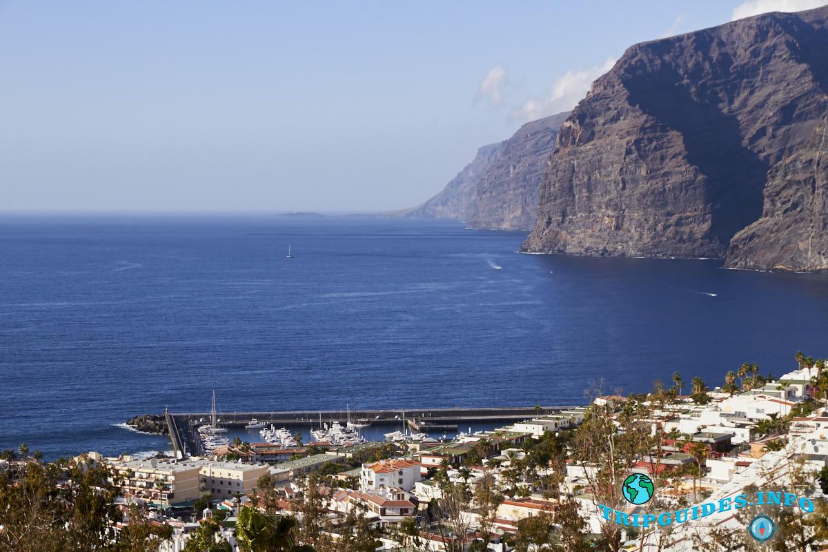 Скалы Лос Гигантес - запад, Канарские острова, Испания