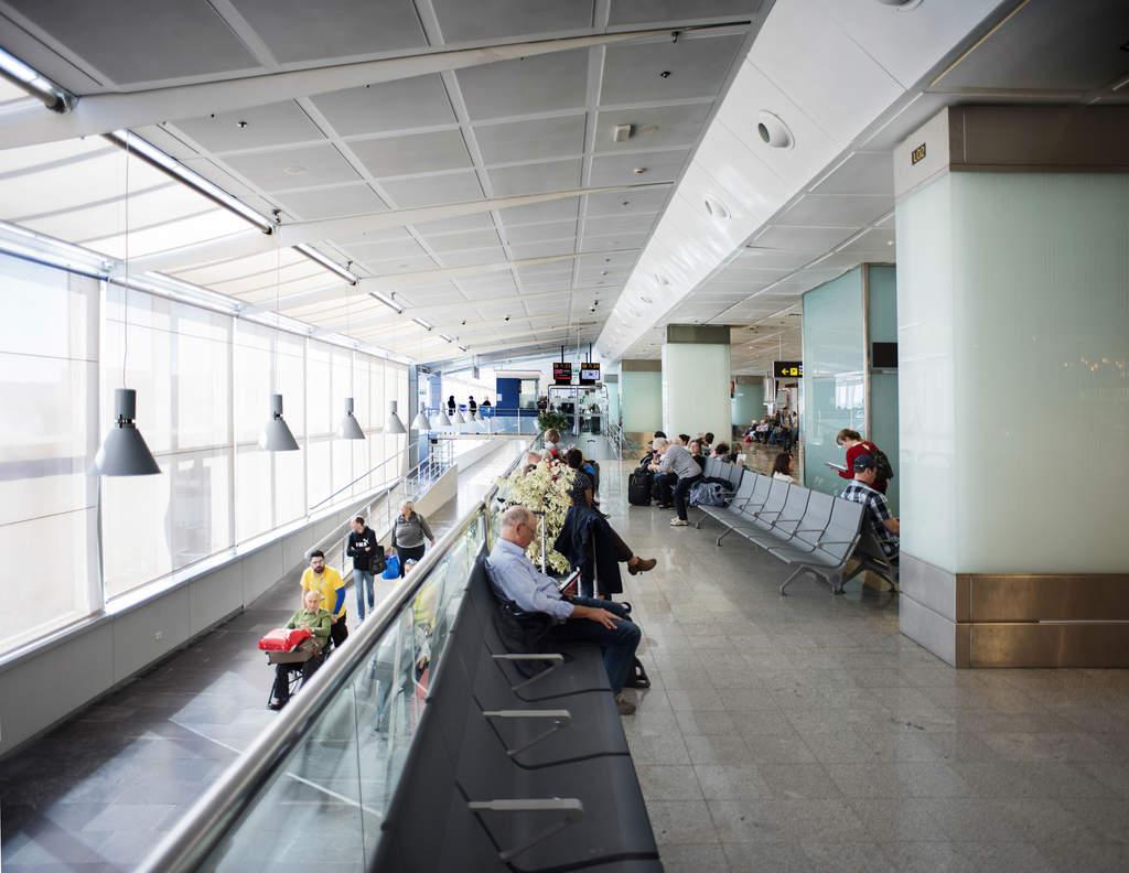 Чем заняться в аэропорту Южного Тенерифе