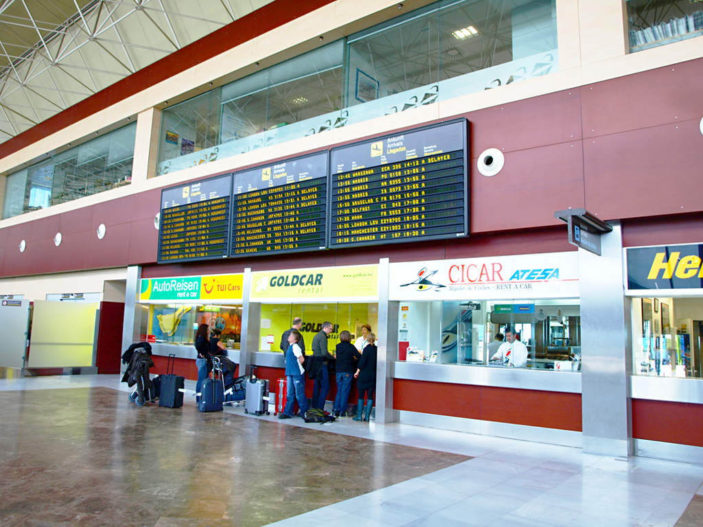 Аренда автомобилей в аэропорту Южный Тенерифе