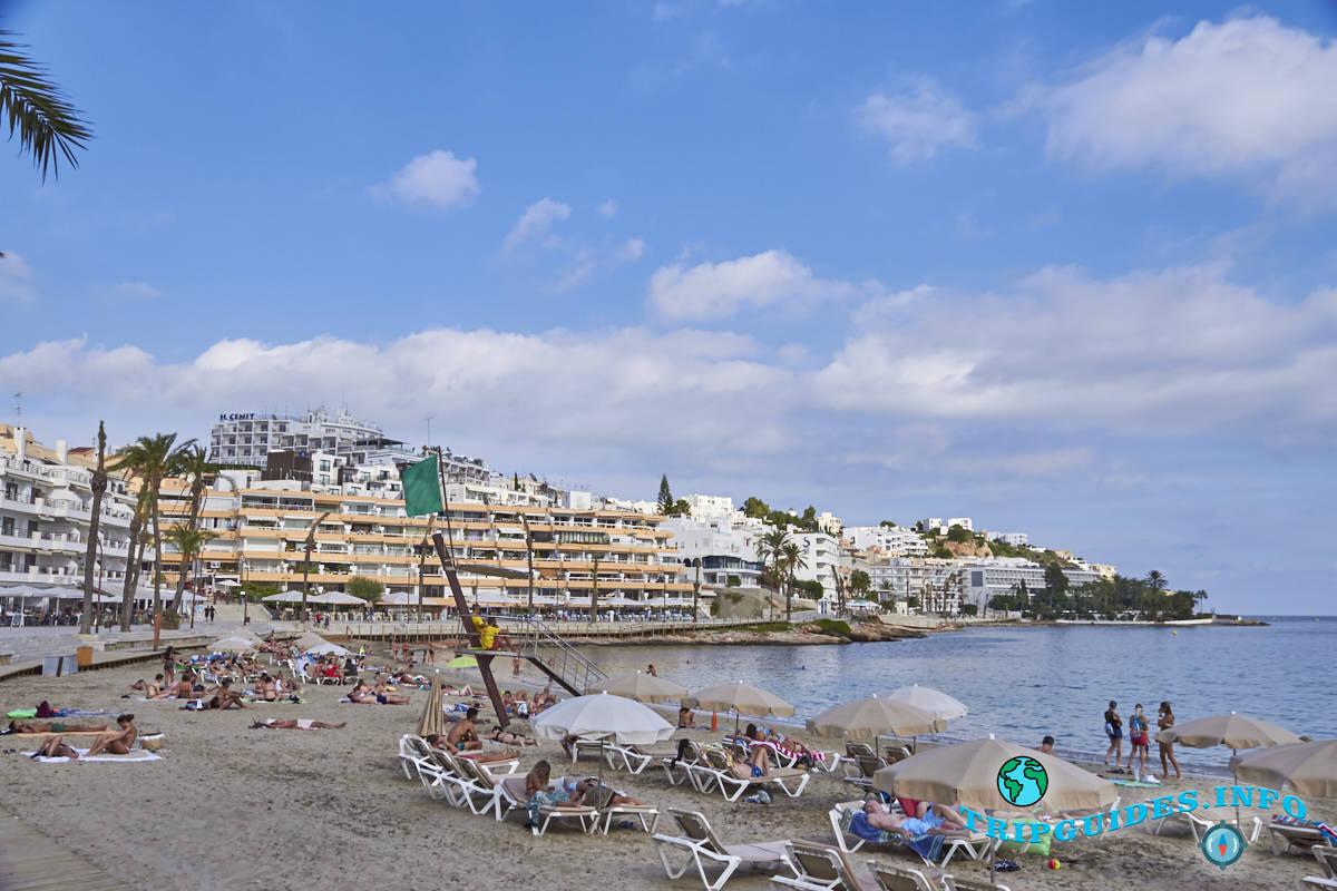 Город - столица Ибица / Ивиса. Балеарские острова, Испания