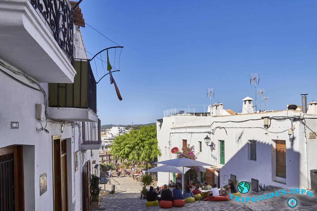 Старый город Дальт Вила на Ибице / Ивиса
