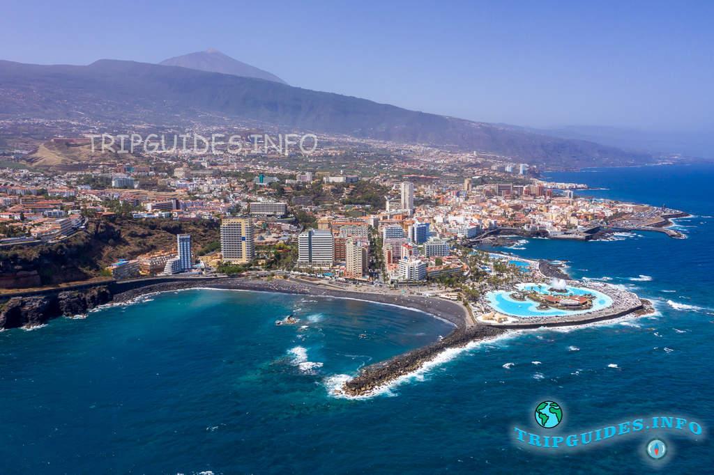 Курорт Пуэрто-де-Ла-Крус на Тенерифе, Канарские острова, Испания