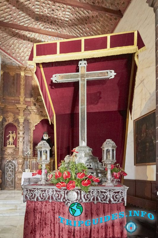Святой Серебряный Крест конкистадоров в Санта-Крус-де-Тенерифе