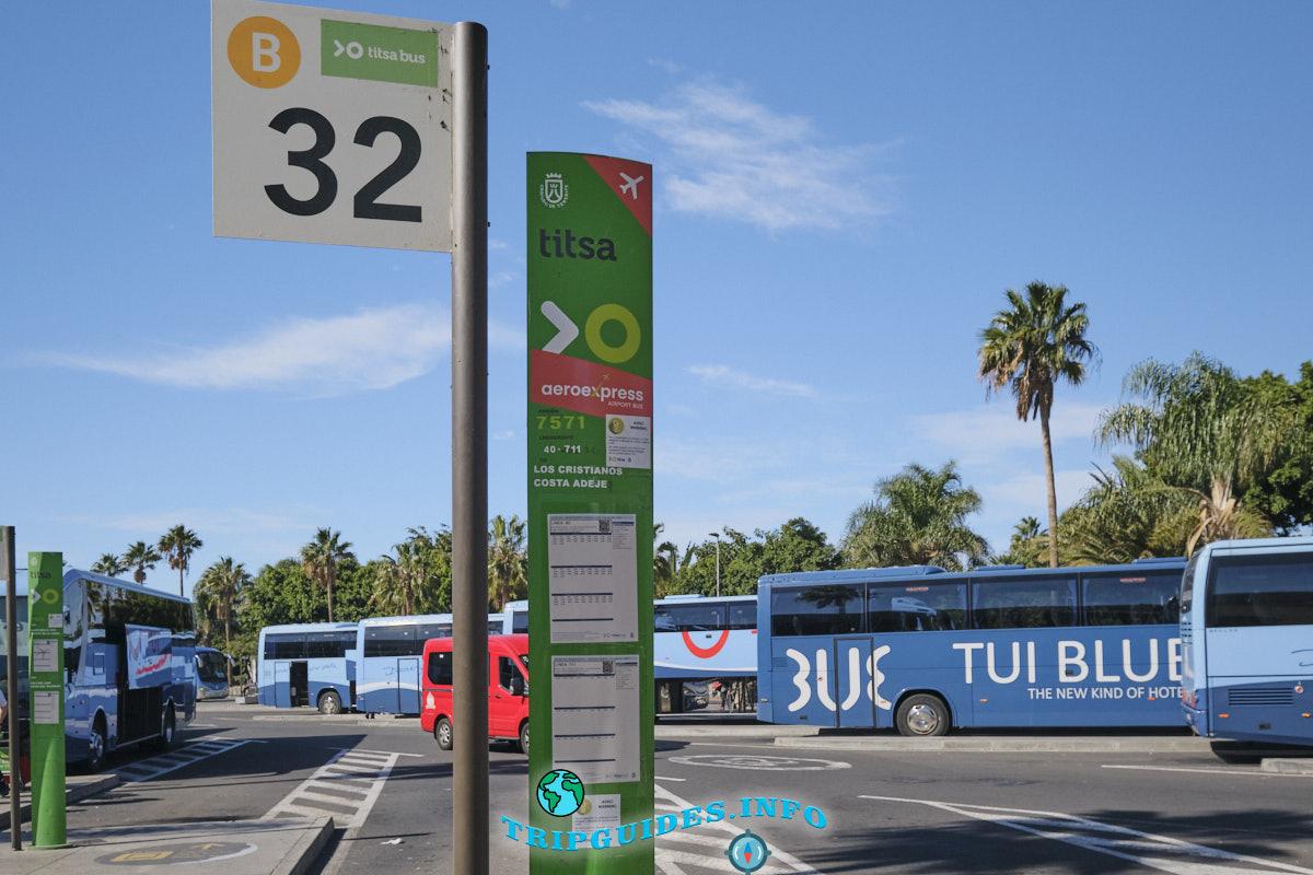 32 полоса - автобус следует в Лос Кристианос