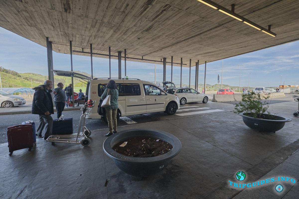 Аэропорт Тенерифе-Северный: стоянка такси