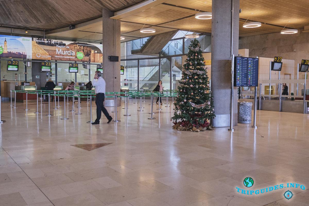 Аэропорт Тенерифе-Северный: все готово к Новому году!