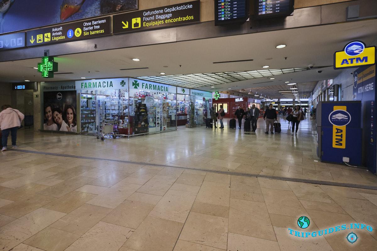Аэропорт Тенерифе-Северный: аптека и банкомат