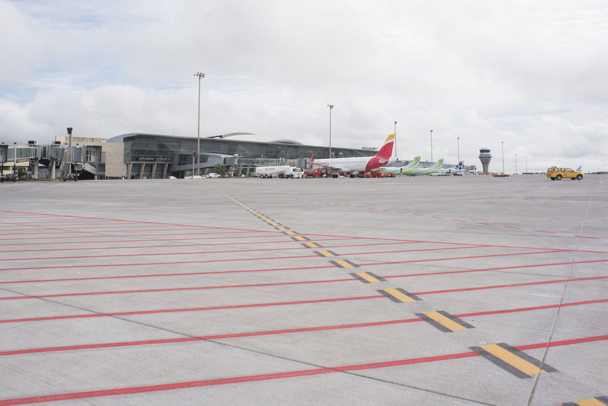 Аэропорт Тенерифе-Северный: место стоянки самолетов
