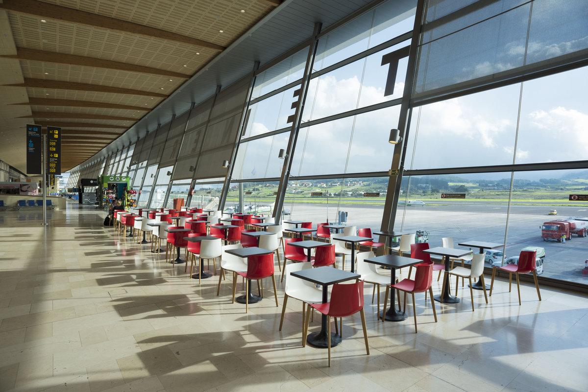 Аэропорт Тенерифе Северный: терминал - зал ожиданий