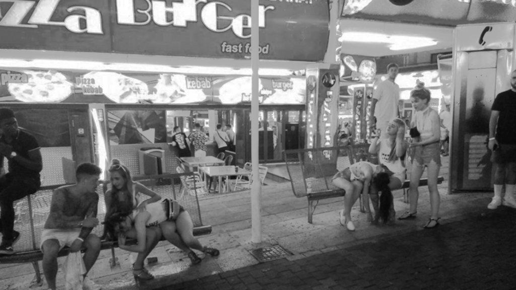 На Балеарских островах ужесточили меры по борьбе с пьянством туристов