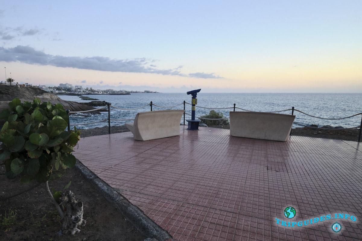 Коста Адехе - прогулочный променад