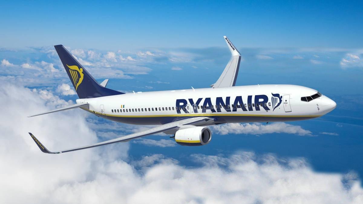 ryanair - Авиакомпания Ryanair закрыла базу на Канарских островах
