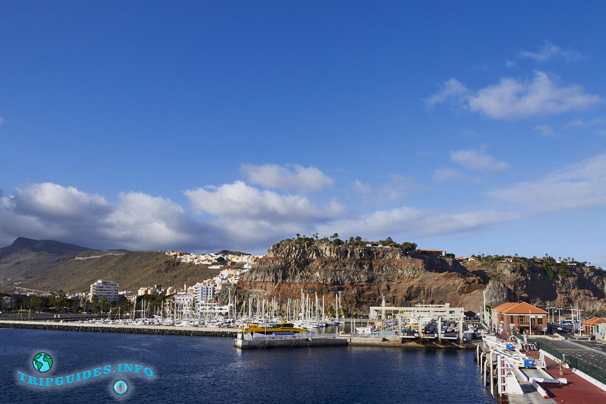 Морской порт на Ла-Гомера Канарские острова Испания