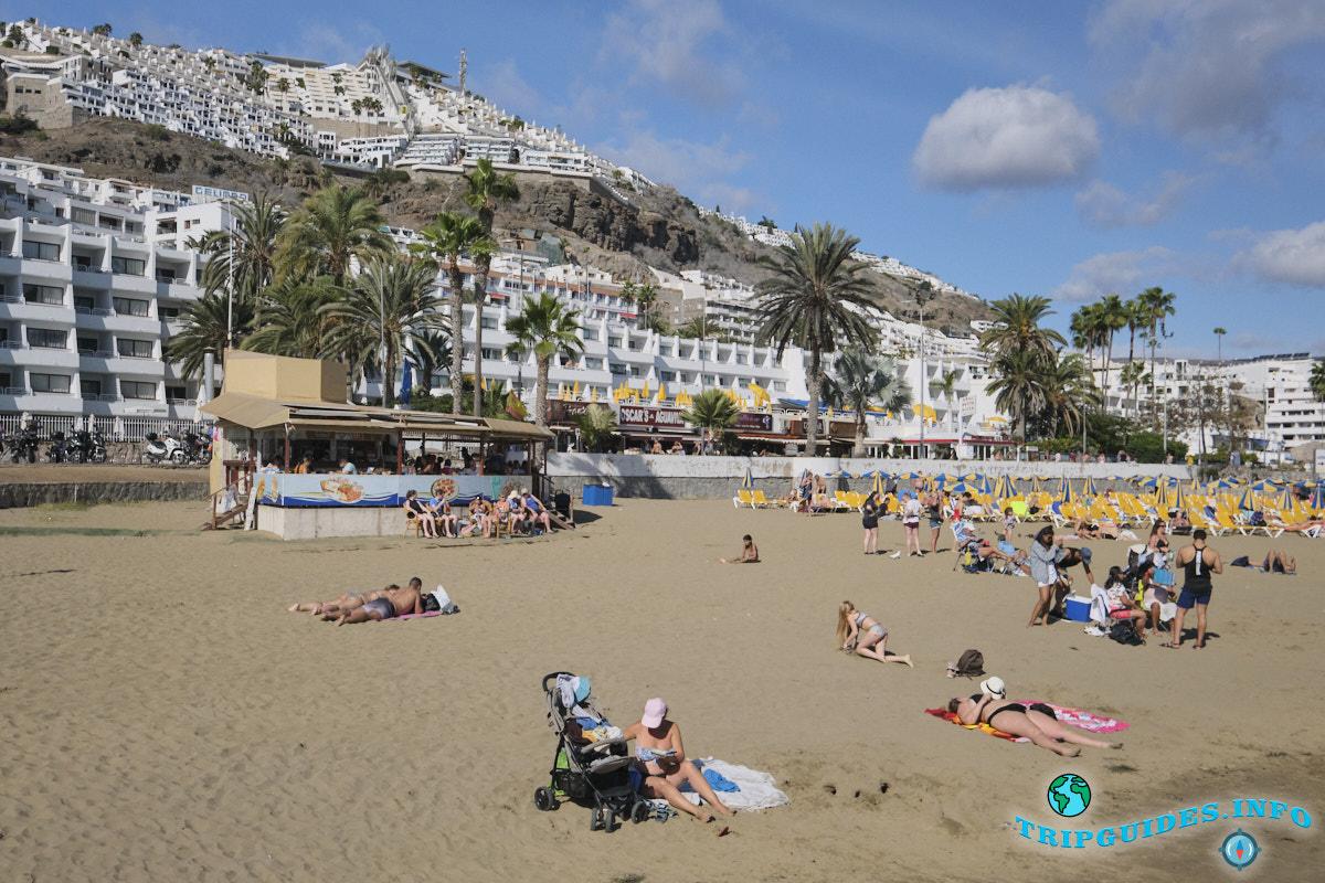 Пляж Пуэрто Рико Гран-Канария Испания
