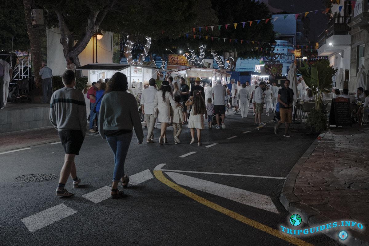 Праздник Богоматери Канделарии в Алкала на Тенерифе Канарские острова Испания