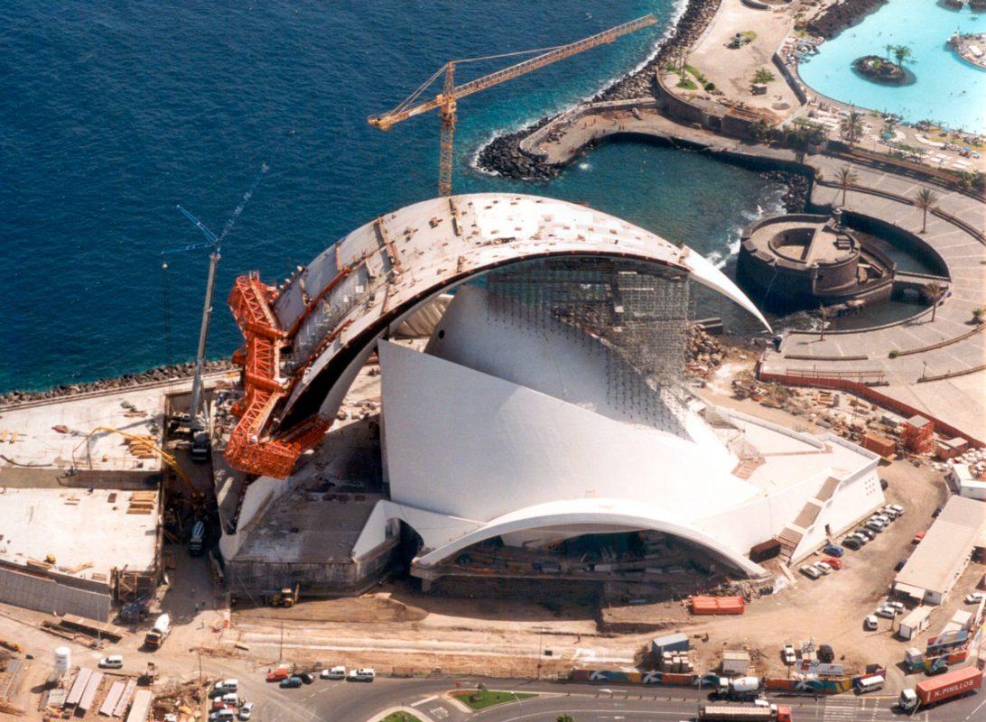 Строительство Аудиторио-де-Тенерифе в столице Санта-Крус-де-Тенерифе, Испания
