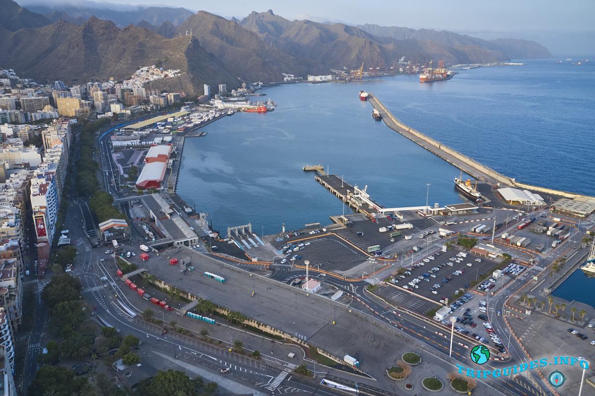 Круизный порт на Тенерифе в городе Санта-Крус, Канарские острова, Испания