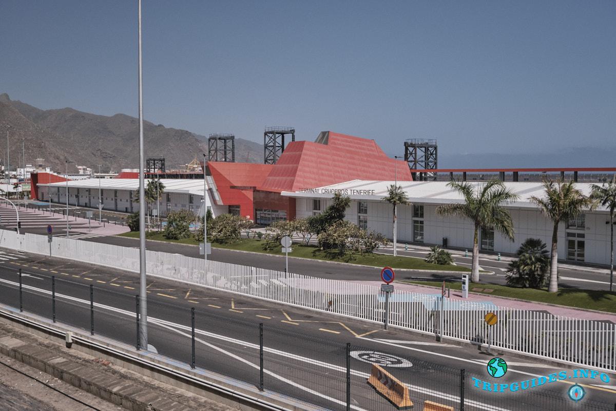 Круизный терминал в столице Санта-Крус на острове Тенерифе