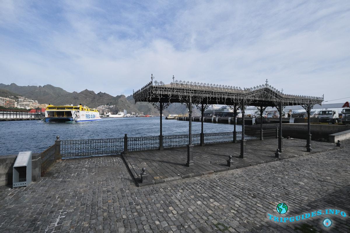Восстановленная старинная пристань в порту Санта-Крус-де-Тенерифе