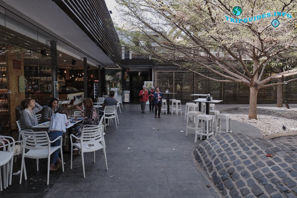 Бар-ресторан Парк Гарсии Санабрии в Санта-Крус-де-Тенерифе Канарские острова Испания