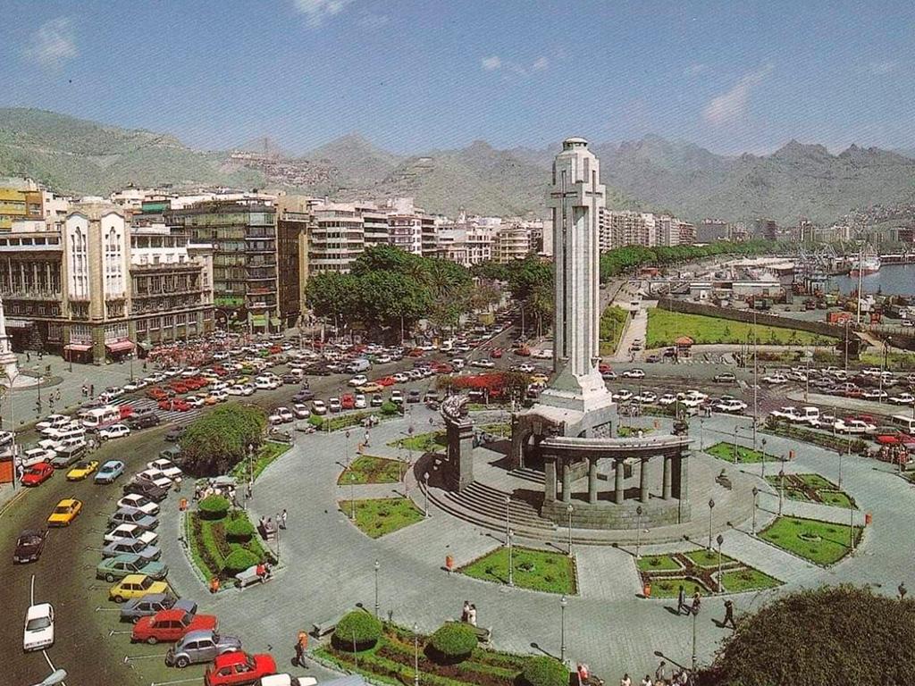 1980 год - Площадь Испании в Санта-Крус-де-Тенерифе Канарские острова Испания