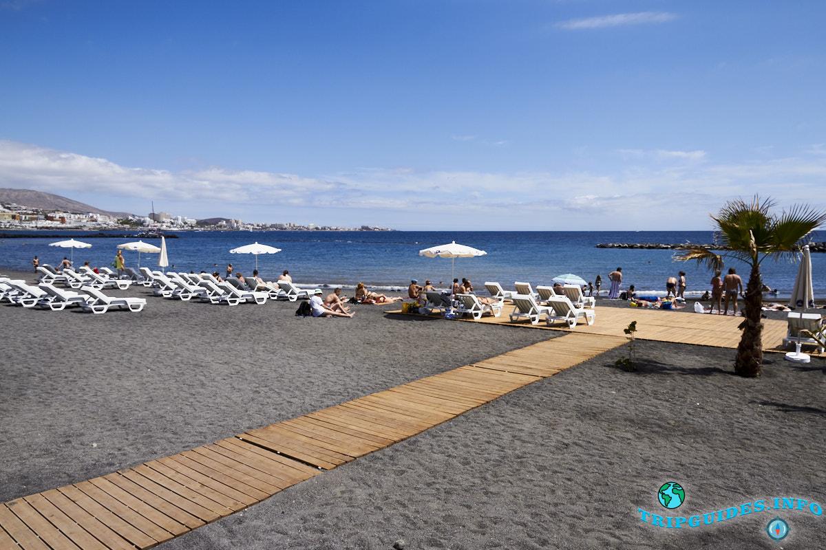Жизнь на Тенерифе - пляж Эль Берил в Коста Адехе