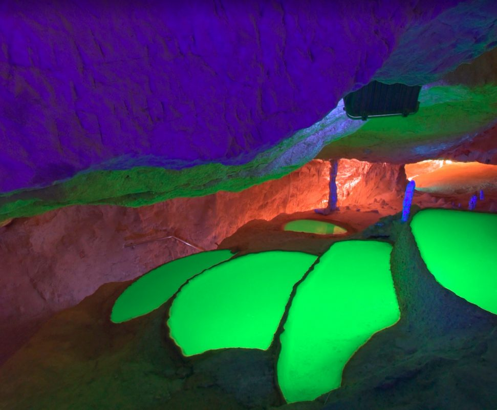 Пещера Кова-де-Сан-Марса на Ибице, Балеарские острова, Испания