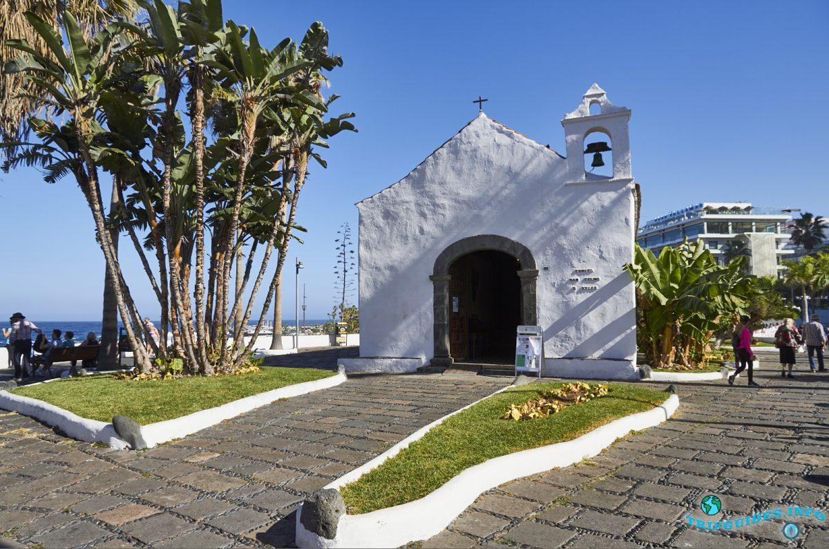 Часовня Сан-Тельмо в Пуэрто-де-Ле-Крус на Тенерифе, Канарские острова, Испания