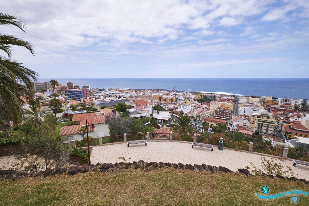 Смотровая площадка Mirador de La Atalaya в Пуэрто-де-Ла-Крус Тенерифе Испания