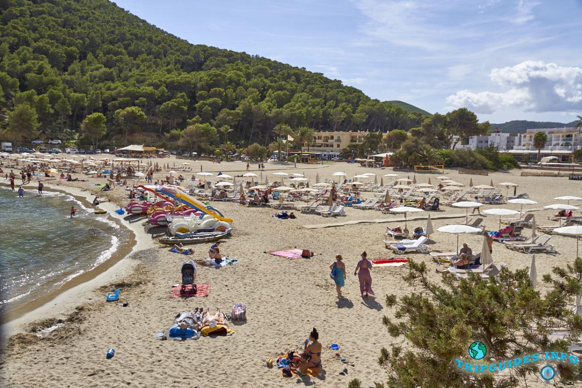 Кала Льонга на Ибице, Балеарские острова, Испания