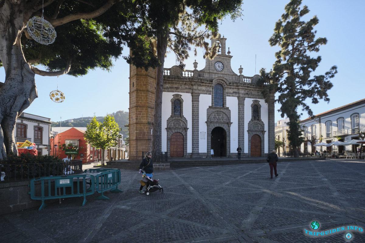 Базилика Нуэстра-Сеньора-дель-Пино в городе Терор на Гран-Канарии, Канарские острова, Испания