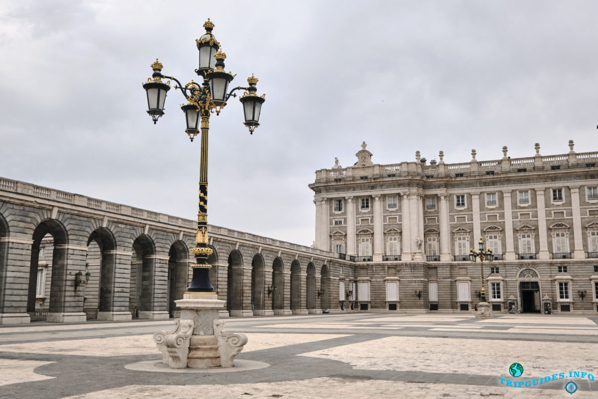 Королевский дворец в Мадриде, Испания - Palacio Real de Madrid
