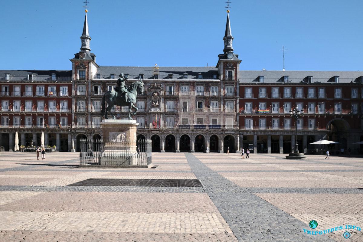 Площадь Пласа-Майор в Мадриде, Испания - Plaza Mayor de Madrid