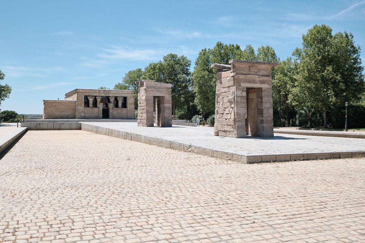 Египетский храм Дебод в Мадриде, столице Испании (Templo de Debod)