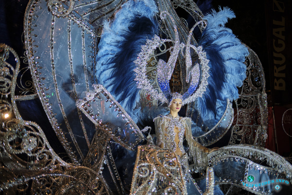 Королева Карнавала 2020 в Санта-Крус-де-Тенерифе на острове Тенерифе, Испания