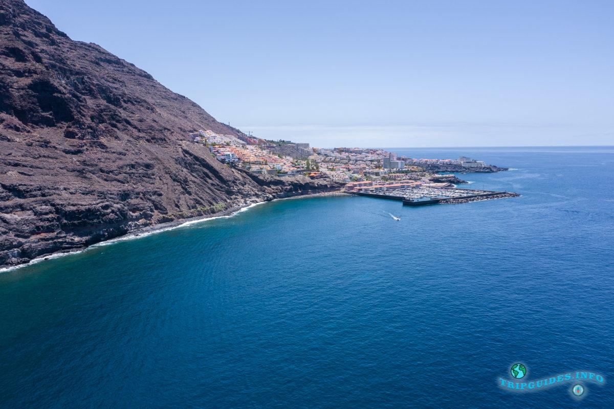 Курорт Лос Гигантес на Тенерифе - Канарские острова, Испания