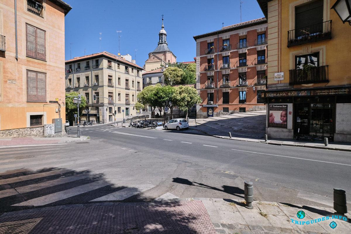 Мавританский квартал Ла-Морерия в Мадриде - столица Испании