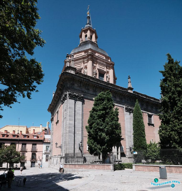 Церковь Сан-Андрес в Мавританскиом квартале Ла-Морерия в Мадриде - столица Испании