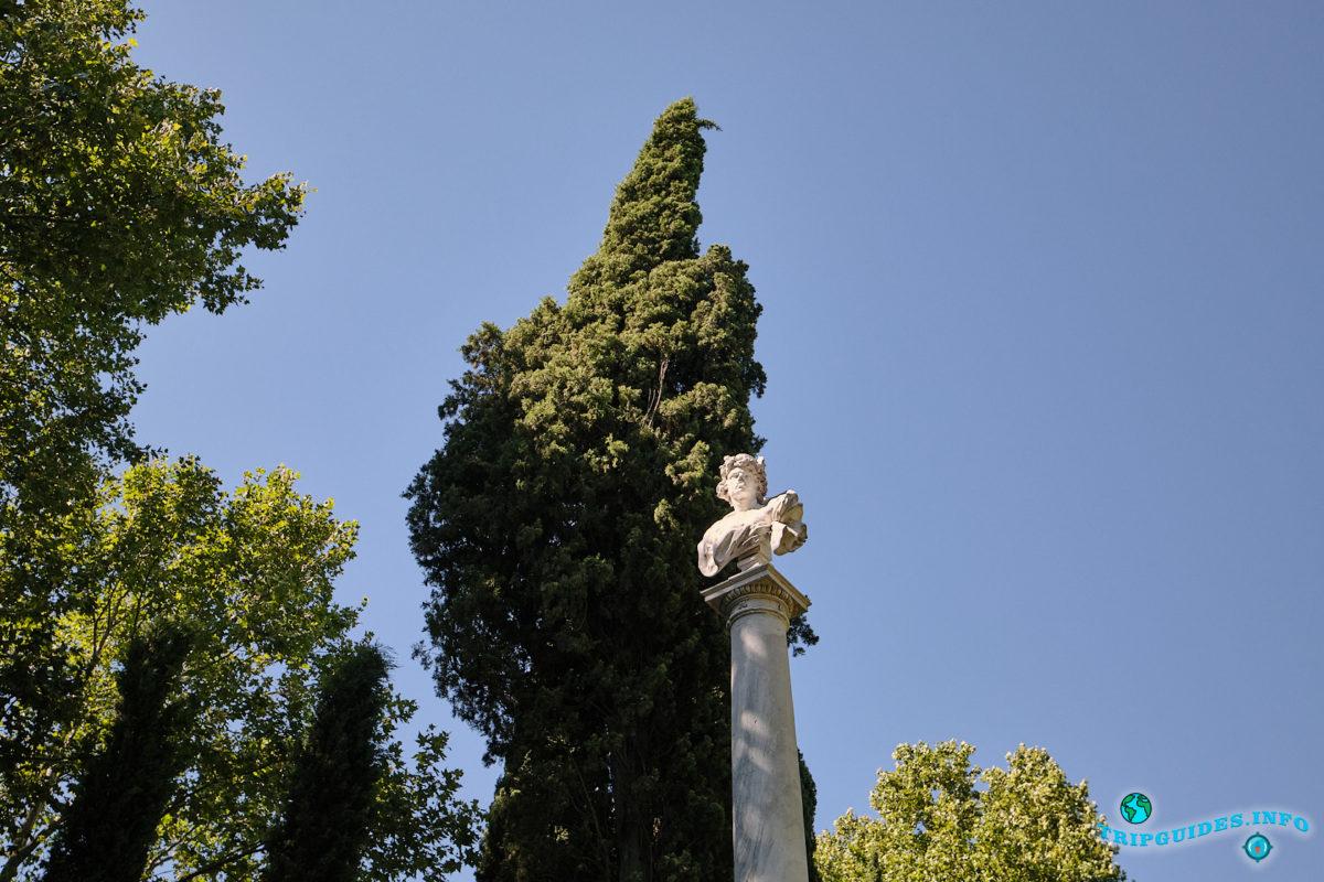 Парк Эль-Капричо в Мадриде - столица Испании - Parque de El Capricho