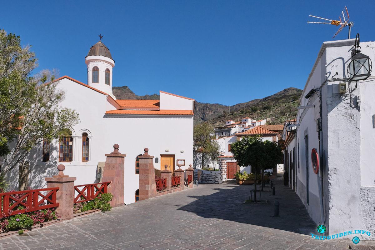 cerkov-bogomateri-sokorro_v_tekheda_na_gran-kanarii_kanarskie-ostrova_ispaniya