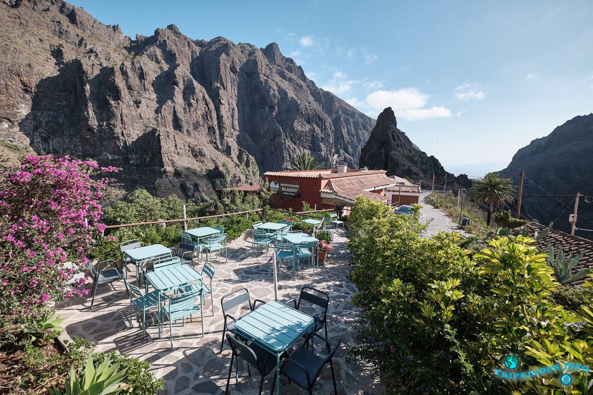 Ущелье и деревня - Маска на Тенерифе - Канарские острова, Испания