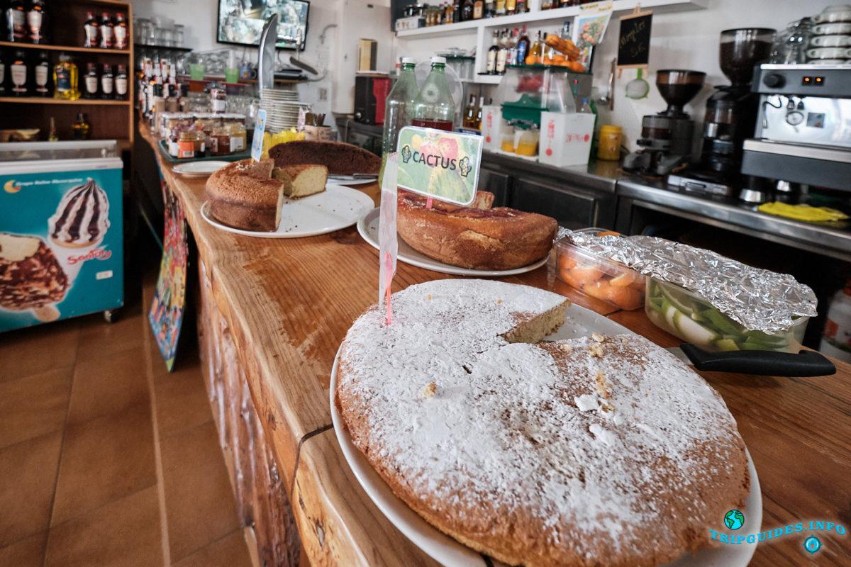 Бар-ресторан Ла-Фуэнте (La Fuente) в деревне Маска на Тенерифе