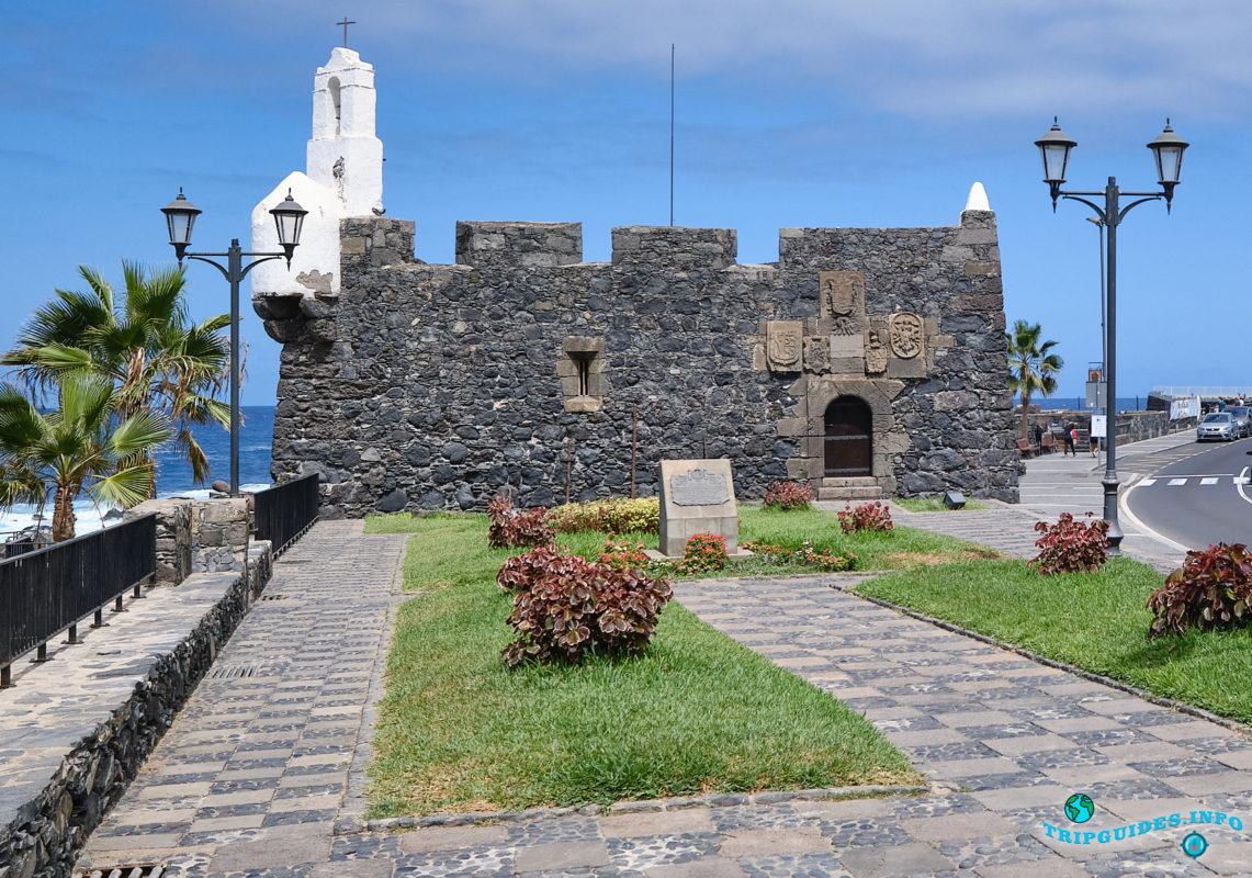 Крепость Сан-Мигель в городе Гарачико на севере острова Тенерифе (Канарские острова, Испания)