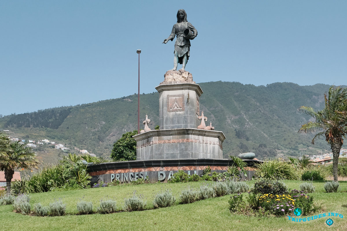 Памятник принцессе Дасиль в Ла-Оротава на Тенерифе - Канарские острова, Испания