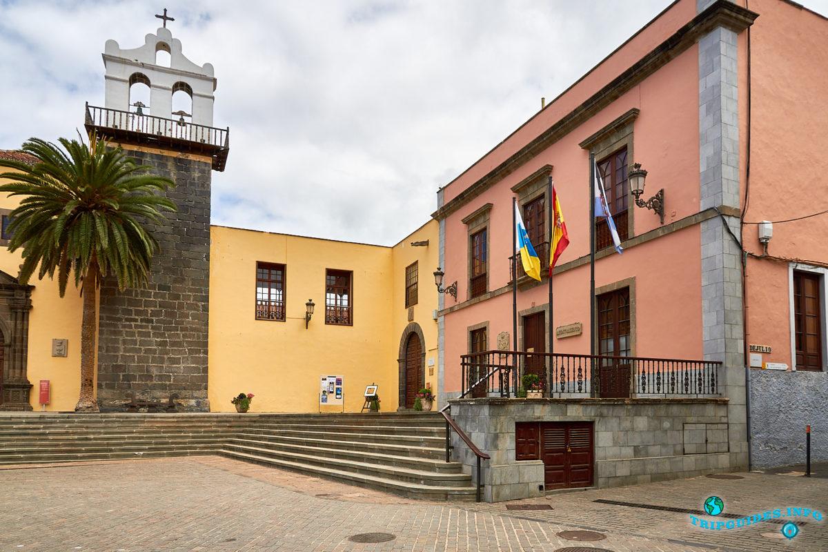 Монастырь Святого Франциска (Convento de San Francisco) в городе Гарачико на севере острова Тенерифе (Канарские острова, Испания)