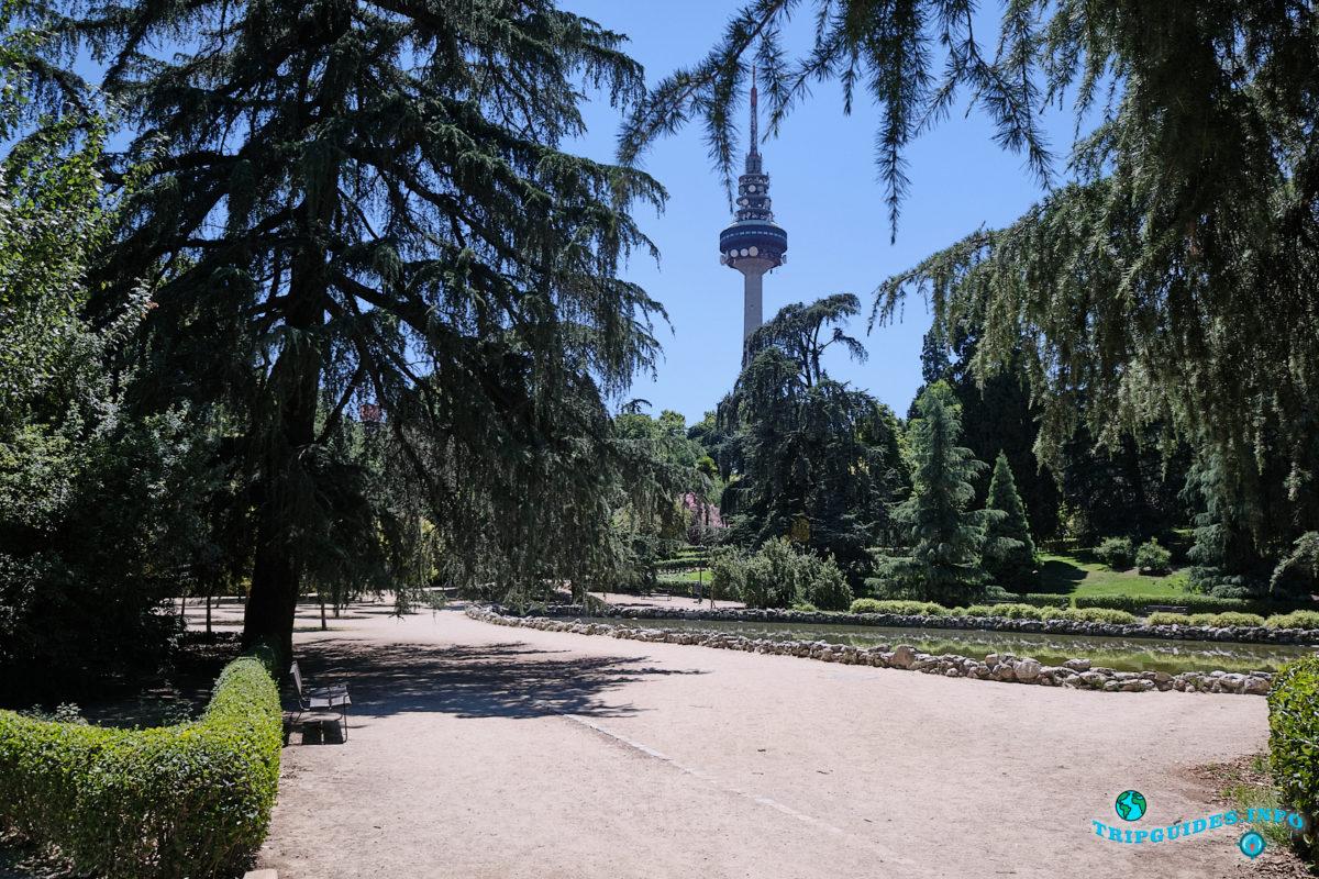 Телебашня Торреспанья в Мадриде, столица Испании - Torrespaña