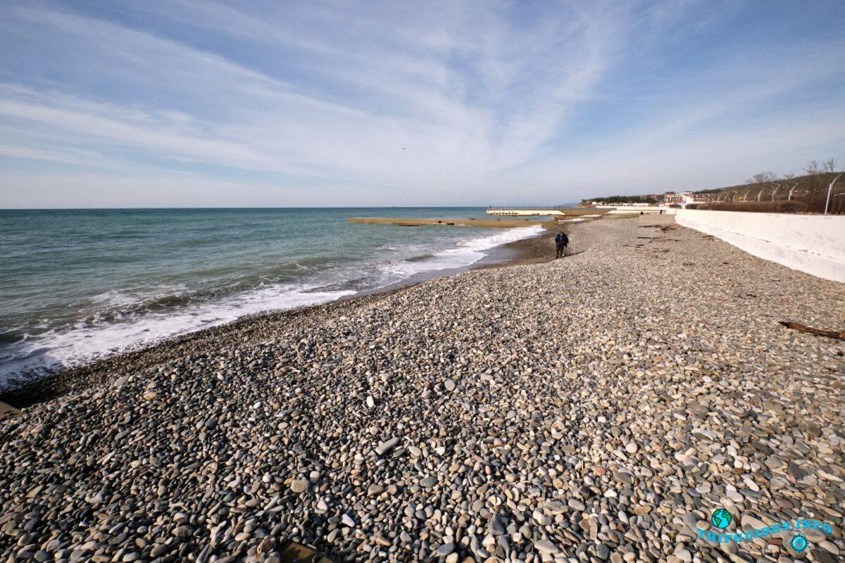 Отдых в России - Курорт Дивноморское - Галечный пляж