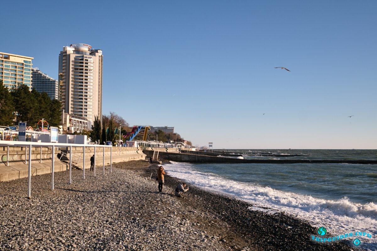 Отдых в России - Пляжи в городе Сочи - закат солнца